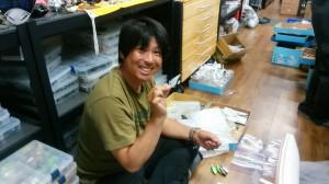 プロスタッフの鈴木隆之がO.S.P動画の撮影で相模湖に来ていたところを強制的に拉致した(笑)