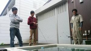 今日はプロスタッフの林晃大君(真ん中)が野尻湖からやってきた。ちなみに彼は彼女募集中である! あっ、俺も(笑)!!
